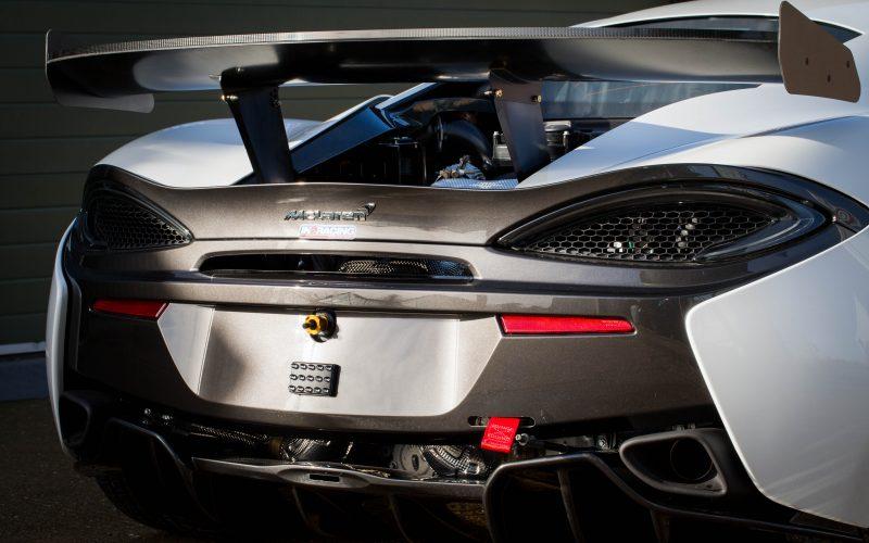 McLaren GT-1001-33